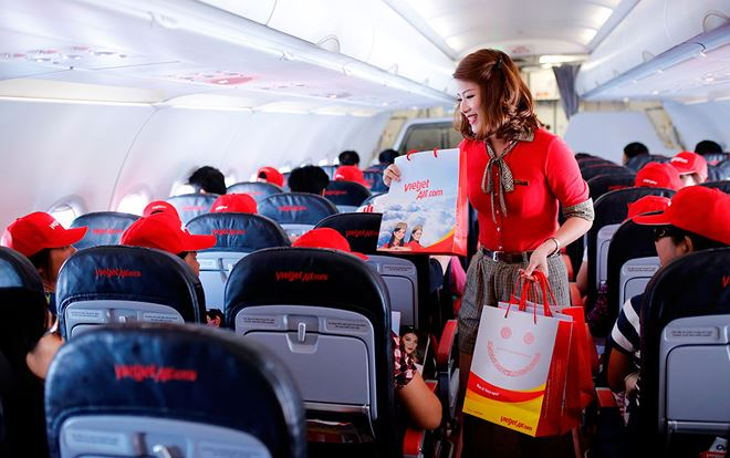 Vietjet debuts the first flight connecting Nha Trang to Da Nang
