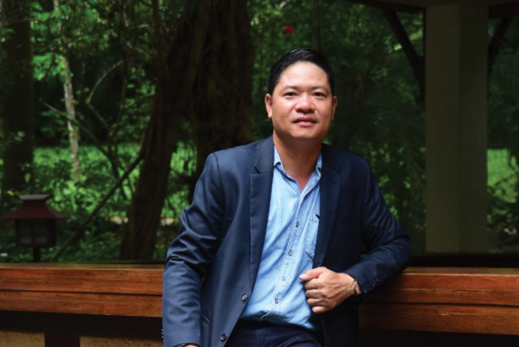 Meet Our Expert – Mr. Nguyen Thanh Son (Director of Decorative Art and Production)